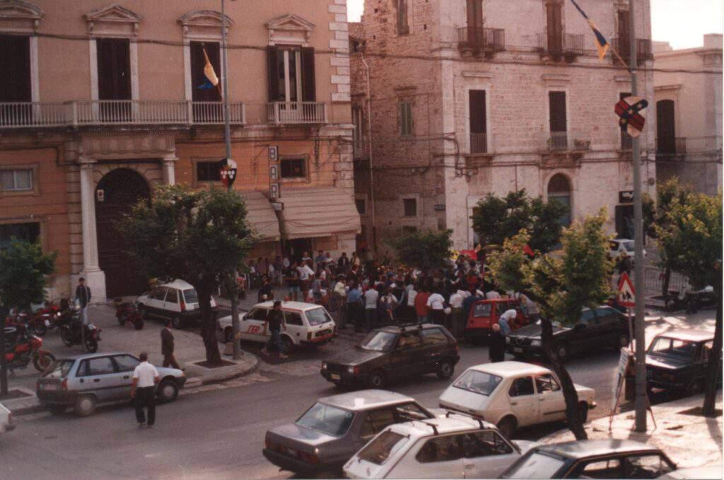 Gelateria artigianale Mokambo nel 1992 a Ruvo di Puglia - Bari - Puglia
