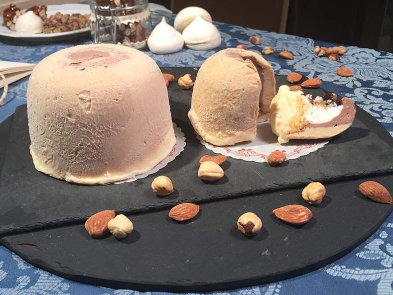 Consegna a domicilio gelato artigianale a vassoio per matrimoni e ricevimenti a Ruvo di Puglia (Bari)